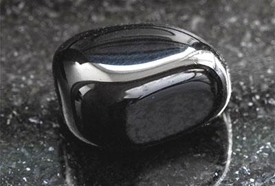 ブラックオニクス